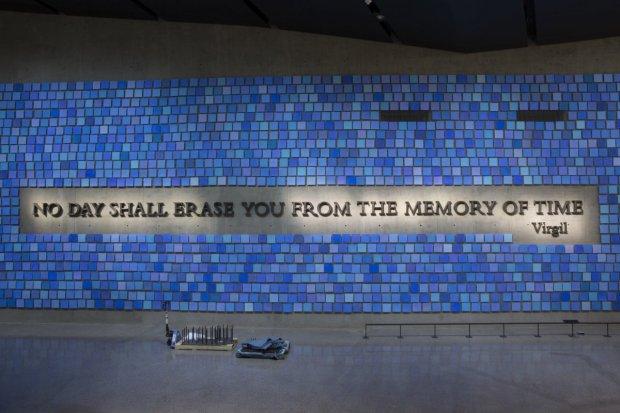 Chaque carré bleu représente une personne décédées et l'ensemble représente le ciel